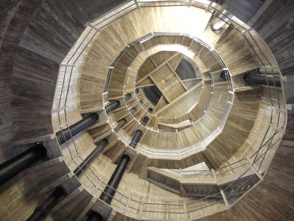 Intérieur d'un château d'eau